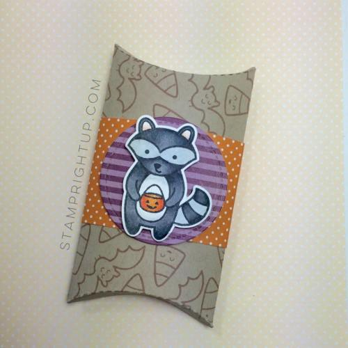 Lawn Fawn_Pillow Box Die_ Holiday Party Animal_Halloween_Wendie Bee_Stamp Right Up