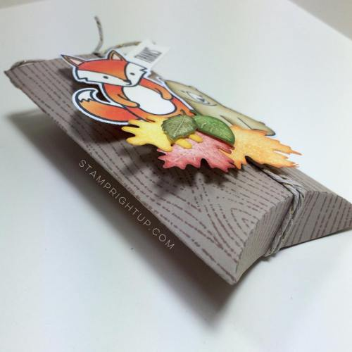 Lawn Fawn_Pillow Box Die_ Party Animal_Thanksgiving_Pumpkin Spice Latte Coffe Card Holder_Wendie Bee_Stamp Right Up_macro